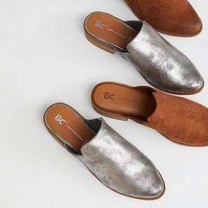 BC footwear silver metallic mules